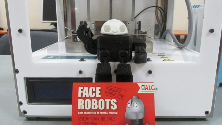 """FACE ROBOTS"" COURSE DEVELOPS ENGINEER THINKING"